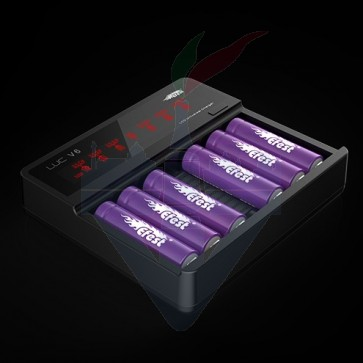LUC V6 lcd Universal Charger - Efest